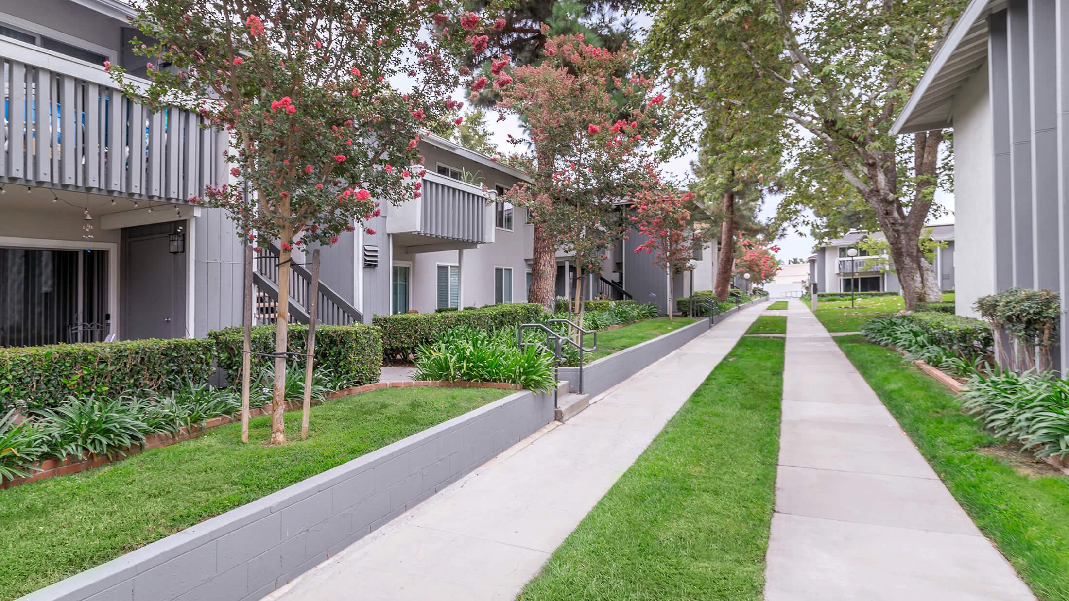 Briarwood Apartments Apartments in Tustin CA